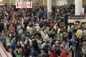 Crowd-1024x682