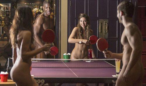Naked-ping-pong002